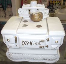 Enchanting Vintage McCoy White cook stove cookie jar $39.99 www.jazzejunque.com