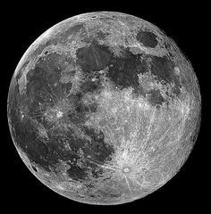Look at the detail in this pic of the Full Moon, @Erin B Ferree