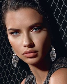 Log in - Adriana Lima 2019 Adriana Lima Style, Adriana Lima Face, Celebrity Faces, Celebrity Style, Vs Fashion Shows, Famous Models, Brunette Beauty, Victoria Secret Fashion Show, Glamour Photography