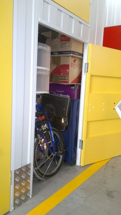 www.todokb.com ¿Te imaginas lo que cabe en 1m cúbico? Alquiler temporal de trasteros y almacenes en Pamplona desde 1m.