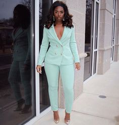 Women S Fashion Dresses Key: 1756395756 Business Dresses, Business Casual Outfits, Professional Outfits, Classy Outfits, Chic Outfits, Suit Fashion, Fashion Dresses, Fashion Looks, 70s Fashion