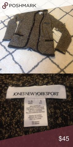 •NWT•Jones New York Sport Cardigan •NWT•Jones New York Sport Cardigan•Size Small•Color is Gray, has velvet piping around edges•Breast pocket and 2 lower pockets•Button Up•Any questions please ask• Jones New York Sweaters Cardigans