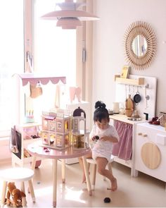 Wooden toy kitchen, market stall and washing machine. #woodentoys #macarenabilbao (www.macarenabilbao.com) Wooden Toy Kitchen, Wooden Toys, Bilbao, Play Market, Market Stalls, Play Spaces, Diy For Kids, Playroom, Diy And Crafts