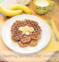 Healthy Banana Oat Waffles | 21 Healthier Breakfasts You'll Want To Wake Up With