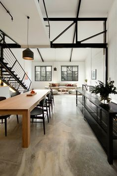 Regent Street Warehouse// Polished concrete floor, black beams, loft style//