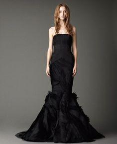 25 Stylish And Dramatic Black Wedding Dresses | Weddingomania