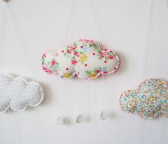 DIY - Baby Mini Cloud Mobiles by mimosette Baby Crafts, Fun Crafts, Diy And Crafts, Crafts For Kids, Arts And Crafts, Sewing Crafts, Sewing Projects, Craft Projects, Fabric Crafts