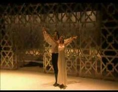 Sara Baras, Jose Serrano - Mariana Pineda -   En esta obra de Lorca, Amparo dice 'no me has preguntado por Ronda'.