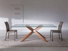 Tavolo da pranzo con piano in cristallo o legno e struttura in legno. @easylinedesign  #tavolo #pranzo #cristallo #easyline #table #chair #inspirationdesign