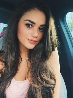 Madison Pettis as Inca Ashmore otherwise known as Amiya Utley Pretty People, Beautiful People, Beautiful Women, Pretty Hairstyles, Straight Hairstyles, Elegantes Outfit, Brunette Girl, Selfie, Beautiful Eyes