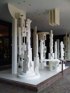 Louise Nevelson Bicentennial Dawn (detail), 1976 U. Courthouse Building at & Market Streets, Philadelphia Louise Nevelson, Joseph Cornell, Outdoor Sculpture, Wood Sculpture, Totems, Contemporary Sculpture, Contemporary Art, 3d Art Projects, Assemblage Art