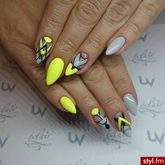 Top 150 ideas for Yellow Nail art designs - Reny styles Bright Nails, Neon Nails, Diy Nails, Gel Manicure, Pedicure, Yellow Nail Art, Neon Yellow, Geometric Nail, Crazy Nails