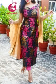 Silk Kurti Designs, Simple Kurta Designs, Kurta Designs Women, Kurti Designs Party Wear, Casual Indian Fashion, Indian Fashion Dresses, Indian Designer Outfits, Party Wear Indian Dresses, Designer Party Wear Dresses