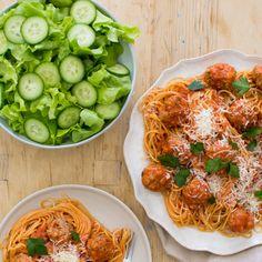 Italian Style Meatballs and Spaghetti with Salad