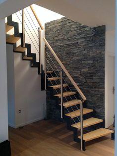 Escalier FERRO un quart tournant. RDV sur www.hurpeau-mousist.com pour plus de photos