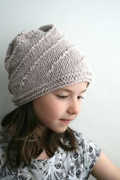 KNITTING PATTERN, slouchy unisex hat knitting pattern 07, toddler child and adult sizes Instant Download! Unisex Slouchy hat knitting pattern This slouchy knitted hat pattern is made with worsted weight yarn and 5mm needles, and easy and fast project to make for the whole family, sizes