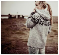 Iceland-Norwegian pullover by Rebekka - Knitting Pull Jacquard, Icelandic Sweaters, Cozy Sweaters, Chunky Sweaters, Mode Jeans, Fair Isle Knitting, Hooded Sweater, Big Sweater, Nordic Sweater