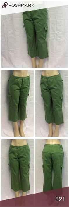 "CHEROKEE LADIES CAPRIS CHEROKEE LADIES CAPRIS, Size 10, 100% cotton, machine wash. Approximate measurements are 16"" waist laying flat, 32 1/2"" waist to hem, 22 1/2"" inseam, 11"" waist to crotch, 4"" zipper. 0416 Cherokee Pants Capris"