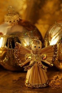 Christmas in Gold - Angel Ornaments