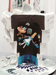 Amazing Alice in Wonderland cake by Fiona Black