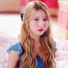 Kpop Girl Groups, Korean Girl Groups, Kpop Girls, Korean Girl Band, Gfriend Sowon, Summer Rain, G Friend, K Idol, Girl Bands