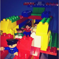 Duplo Airlines (hope you like it miss H)
