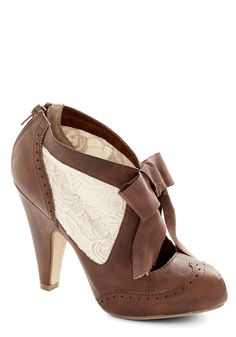Drama Director Heel in Brown | Mod Retro Vintage Heels | ModCloth.com