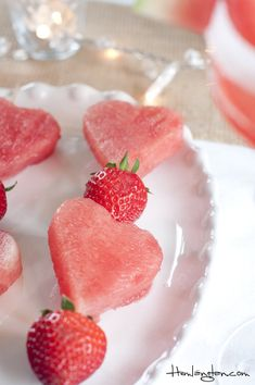 31 Ideas Fruit Skewers Wedding Valentines Day For 2019 - Fruit Party - - Healthy Fruits Fruit Party, Snacks Für Party, Fruit Recipes, Snack Recipes, Dessert Recipes, Cute Food, Yummy Food, Fruit Skewers, Sweet 16