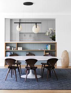 94 Adorable Contemporary Dining Room Design Ideas You Can Try Saarinen Tisch, Mesa Saarinen, Saarinen Table, Dining Room Design, Dining Room Furniture, Dining Chairs, Dining Area, Furniture Ideas, Room Chairs