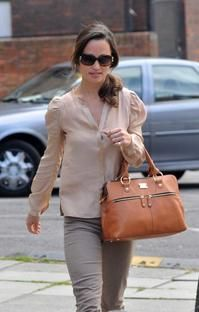 Pippa with the Pippa bag by Modalu bag..love this bag..I hope it goes back in stock soon!