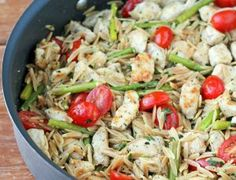 Lemon Chicken Orzo with Tomatoes and Asparagus - Emily Bites