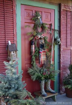 Potting Shed Winter Fun: Grapevine Wreath Snowman from Home is Where the Boat Is