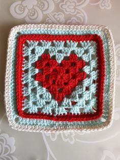 crochet along terray, tertia, cal, deken - Granny Diy Crochet Granny Square, Heart Granny Square, Crochet Heart Blanket, Crochet Box, Crochet Squares, Crochet Hooks, Knit Crochet, Heart Patterns, Stitch Patterns