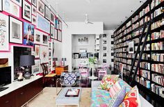 Photo by Floto+Warner/OTTO  Such a relaxing home library