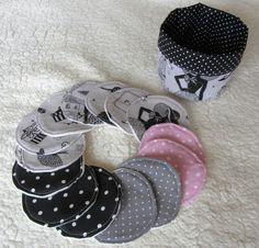 """14 disques démaquillants rétro chic """"la parisienne""""en tissus à pois avec son panier assorti : Soin, bien-être par nymeria-creation"""