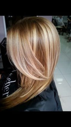 Get Ready for Autumn with These 50 Gorgeous Fall Hair Color Ideas! - My New Hairstyles Get Ready for Autumn with These 50 Gorgeous Fall Hair Color Ideas! - My New Hairstyles Carmel Blonde Hair, Fall Hair Colors, Caramel Hair Colors, Caramel Color, Hair Colours, Long Face Hairstyles, Hair Color And Cut, Blonde Color, Great Hair
