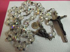 VINTAGE AB FACETED CRYSTAL ROSARY W/POPE JOHANNESS XXIII MEDAL