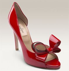 Valentino d'Orsay pump. Yes, please! Just one pair, that's all I want!