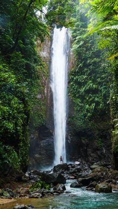 What to do in Dumaguete in the Philippines? Visit the Casaroro Falls! NL: Wat te doen in Dumaguete in de Filipijnen? Bezoek de Casaroro Falls!