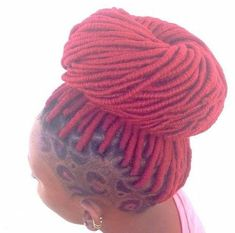 Shaved side design with yarn locs - Best New Hair Styles Short Hair Styles Easy, Short Hair Updo, My Hairstyle, Curly Hair Styles, Natural Hair Styles, Mohawk Styles, New Natural Hairstyles, Braided Hairstyles, Protective Hairstyles