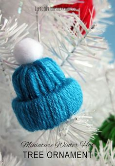 How adorable! These Mini Winter Hat Ornaments for your Christmas Tree are fun craft activities you can make with the kids!