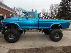 big ford trucks lifted - Google Search Discount Wheels and Rims #Discount #CarRims http://www.wheelhero.com
