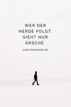 Was Minimalismus mit Mut zu tun hat More clarity in life, many people want. But the first step towards minimalism requires a lot of courage # Happiness emotions happy Wisdom Quotes, Words Quotes, Me Quotes, Sayings, Laugh Quotes, Humor Quotes, Cute Captions, Les Sentiments, Courage