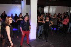 Vámonos todos juntos, a bailar!