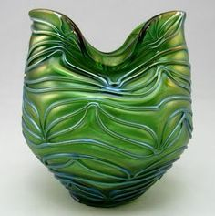 Loetz green Creta Formosa glass Vase around 1900