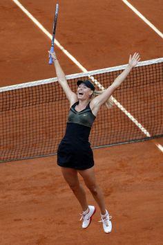 <全仏テニス>シャラポワが初優勝 グランドスラム達成