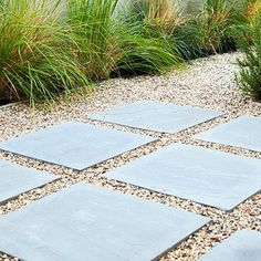 Maintain continuity Change the paving from room to room. But for visual continuity, repeat the same material in some parts of the garden.