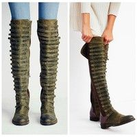 Heel Type:: Block Upper Material:: 100% Leather Fastening:: Zip Style:: Knee High Boots Sole:: 100%