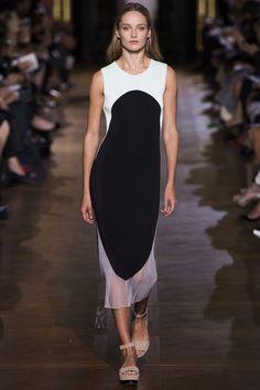 Stella McCartney Spring 2013 Ready-to-Wear Fashion Show - Karmen Pedaru (IMG)