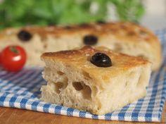 Den eltefrie metoden er nå prøvd ut på foccacia, med stort hell! Enklere kan det ikke bli å bake brød! Godt brød! Jeg bakte dette brødet på hytta, og da er det spesielt kjærkomment med bakst som ik…